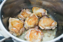 beer-braised-chicken-onions-2