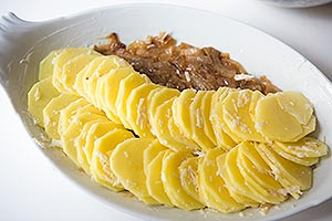 scalloped-potatoes-caramelized-onions-3